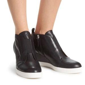 Linea Paolo Felicia Wedge Sneaker Black 8